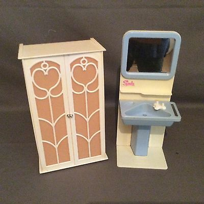 Vintage Sindy wardrobe and vanity washbasin. 1970s