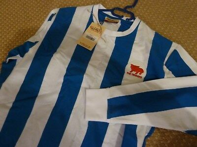 NEW with tag LARGE HUDDERSFIELD TOWN FOOTBALL CLUB RETRO SHIRT £37 RRP xmas gift