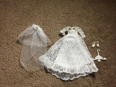 1970's DAWN WEDDING BELL DREAM OUTFIT - Topper Toys Doll
