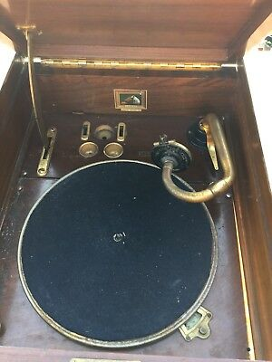 HMV No 4 Gramophone Record Player in freestanding timber cabinet