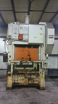 Federal Press Company 200 Ton Punch Press