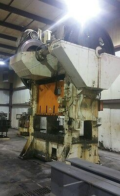 Federal Press Company 250 Ton Punch Press