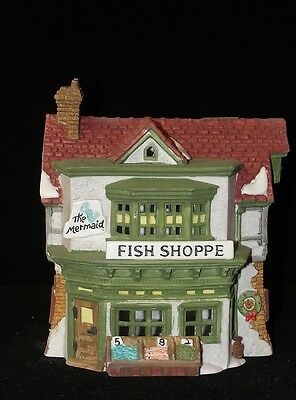 Dept 56 Dickens Village The MERMAID FISH SHOPPE w/ Light 1988 5926-9  RETIRED