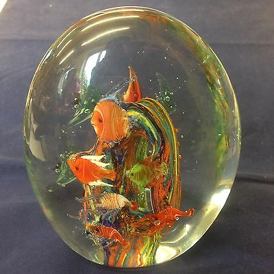 Large Aquarium Glass Paperweight With Tropical Fish. Unsigned . 13cm High