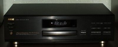 Akai CD-19  CD-Player   int. shipping & paypal available