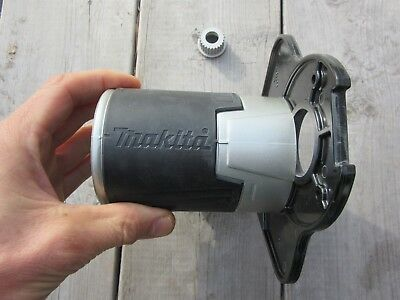 Makita 195562-2 Offset Base for The RT0700C