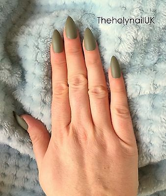 FALSE NAILS - Matte Camo Green - Stick On - The Holy Nail