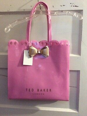 5596a4b22456 TED BAKER