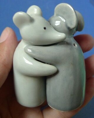 Vintage Collectibles Hugging Mouse Mice Rat Gray Set Ceramic Salt Pepper Shakers