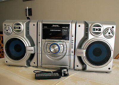 PANASONIC SA-AK330 5-CD Stereo System AM/FM Radio & Dual Cassette with Remote