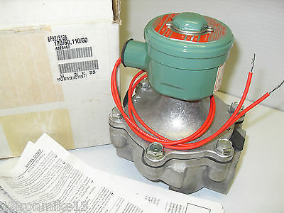 "*NEW IN BOX*  ASCO EF8215135 2-Way EXPLOSION PROOF SOLENOID VALVE 3/4"" 120Vac"