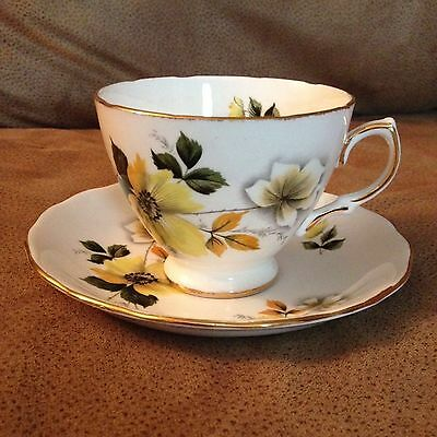 Royal Vale Bone China Cup and Saucer Made in England (1163)