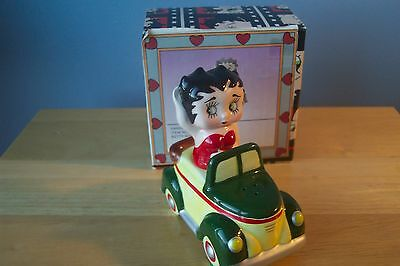 Betty Boop in Car Salt and Pepper shaker 1995 King Features & Vandor Mint in Box