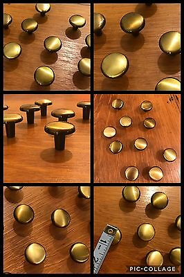 10 Knobs Pulls Round Antique Brass Tone Cabinet Drawer Amerock Retro Vintage
