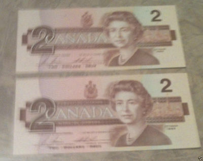 VINTAGE 1986 - 2 -  $2 Canadian Dollars Paper Bill - Consecutive Serial Numbers