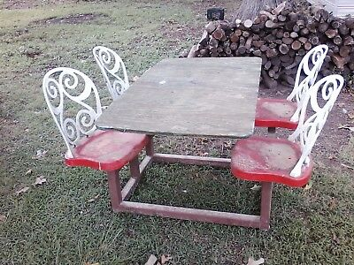 vintage restaurant table from old dairy queen 1 piece with 4 swivel chairs