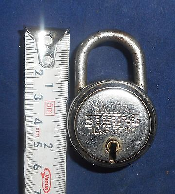 India Antique Iron handmade Padlock  with handmade Key working condition Bt72