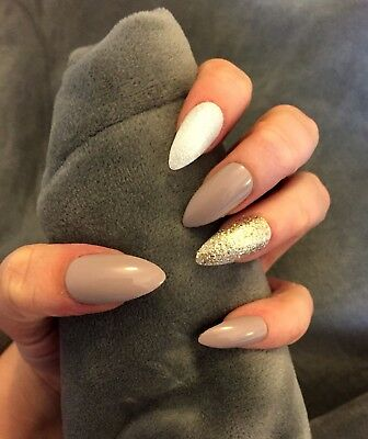 FALSE NAILS - Almond, White & Gold Glitter - Stick On - The Holy Nail