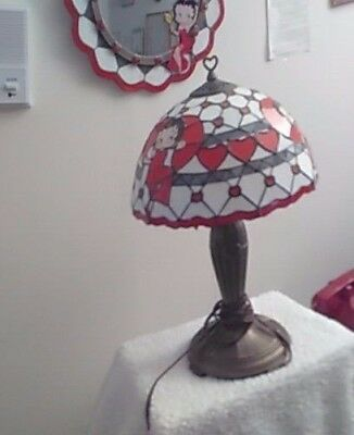 2 Betty Boop glass table lamps-Med size excellent condition Betty Boop photo