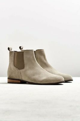 Urban Outfitters Suede Chelsea Boot Size UK 9 (Fits like UK 7/8) Men Taupe