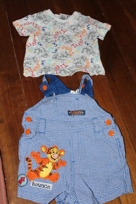 lot c E 000 DISNEY JUMPSUIT TODDLER BABY BOY GIRL COT PRAM CLOTH CLEAN SANITISED