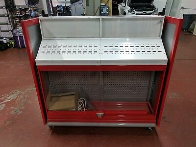 rolling display case / cabinet