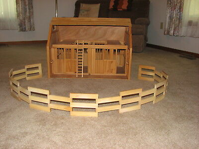 Breyer Wood Horse Stable Barn with Fence and Ladder 28 x 21x 21 - Pick up