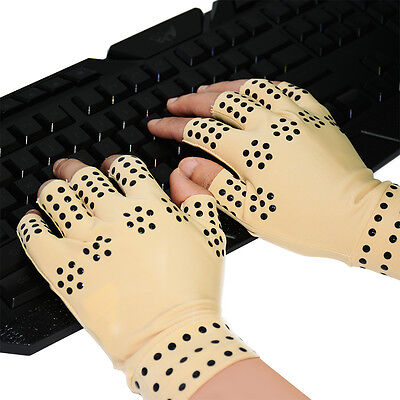 Pair of Therapeutic Compression Gloves 3 Way Relief from Aching Hands Magnetic
