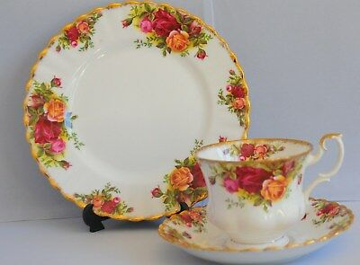 Royal Albert Old Country Roses Trio Cup , Saucer And Plate ( 10 Available )
