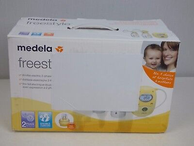 Medela Freestyle Double Electric Breast Pump With Calma *USED ONLY FEW TIMES**
