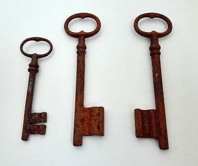 2+1 iron antique metal skeleton rusty key keys house supplies rustic decor door