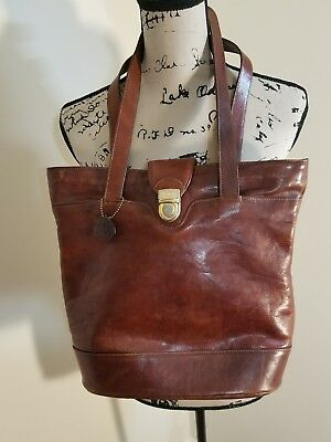 Vintage Oroton Tan Leather Bucket Tote Bag. Made in Australia.. size large