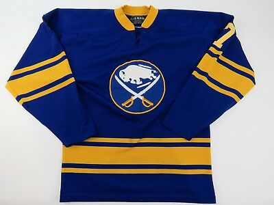 more photos 8201e 6b4a5 RETRO BUFFALO SABRES Jersey- 1990s Logo - CCM- No Name ...