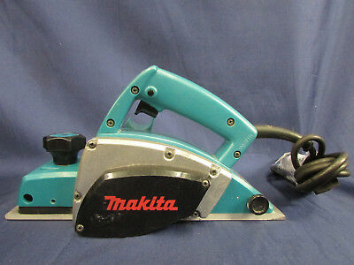Makita N1900B Power Planer 4Amp 50-60GHz