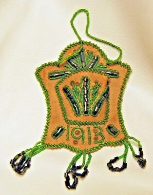 1913 Native American Iroquois Indian Green Glass Beaded Hanging Wall Pocket