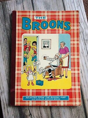 The Broons 1977 Comic Annual in Ok condition (some damage)