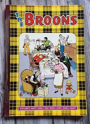 The Broons 1971 Comic Annual in Reasonable condition (some damage)