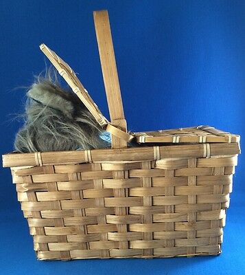 TOTO w/Whicker Basket Wizard of Oz Plush Rubie's Costume tush tags only