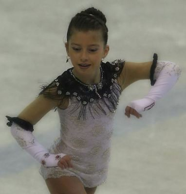 Ice Figure skating dress with decorations 8-9 yrs. COMPETITION READY