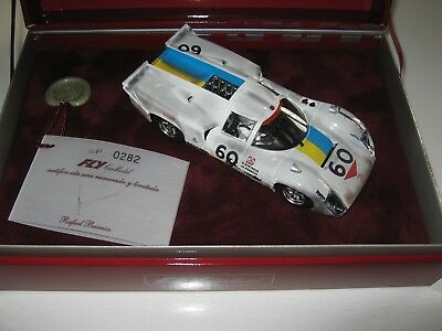 Fly Lola T70 Chequered Flag in OVP Ref. Z2