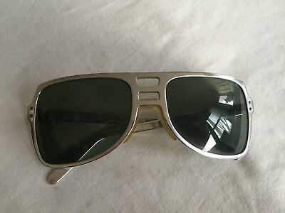 f3a2a80d159 Vintage POLAROID COOL-RAY  420 FAST BACK Sunglasses Frame ELVIS DEPP retro