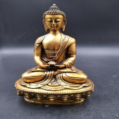 Old Chinese pure handmade brass Buddha pharmacist to drive away evil statue