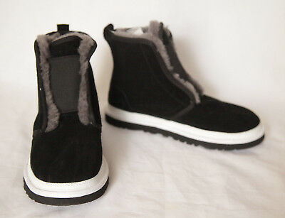 3a7871f55e8 NEW UGG AUSTRALIA Riki Men's Ankle Black Winter Suede Boots Size 6