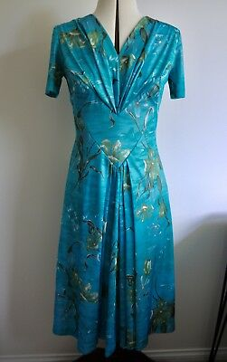 Womens vintage medium dress, floral 1950s 60s 70s retro