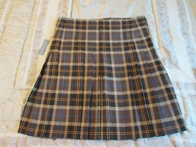 USA Kilts Brown Highlander Tartan Starz Original Series 5 yds Pre pleated Velcro