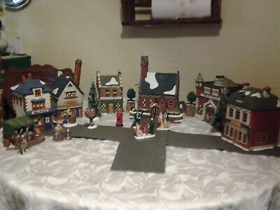 Lot of 6~Dept 56~DICKENS VILLAGE HOUSES~ AND ACCESSORIES