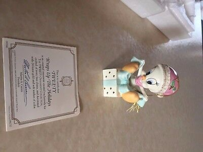 LENOX WARNER BROS TWEETY WRAPS UP THE HOLIDAYS ORNAMENT-NEW With Box and COA