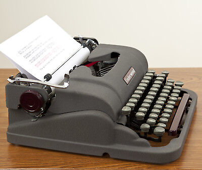 Refurbished And Ready For Use 1950 Underwood Finger Flite Universal Typewriter
