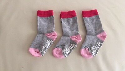 2/3 Pack, SALE NEW Bonds Stay On CREW Socks, Baby Girls, Size 2-4, for 1-2 years