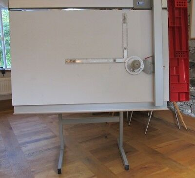 architects/designer drawing table and drafting machine